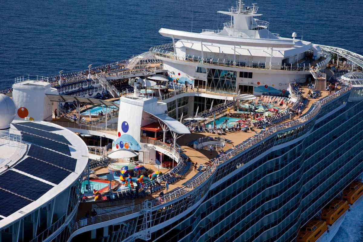 Royal Caribbean Oasis of the Seas cruise ship