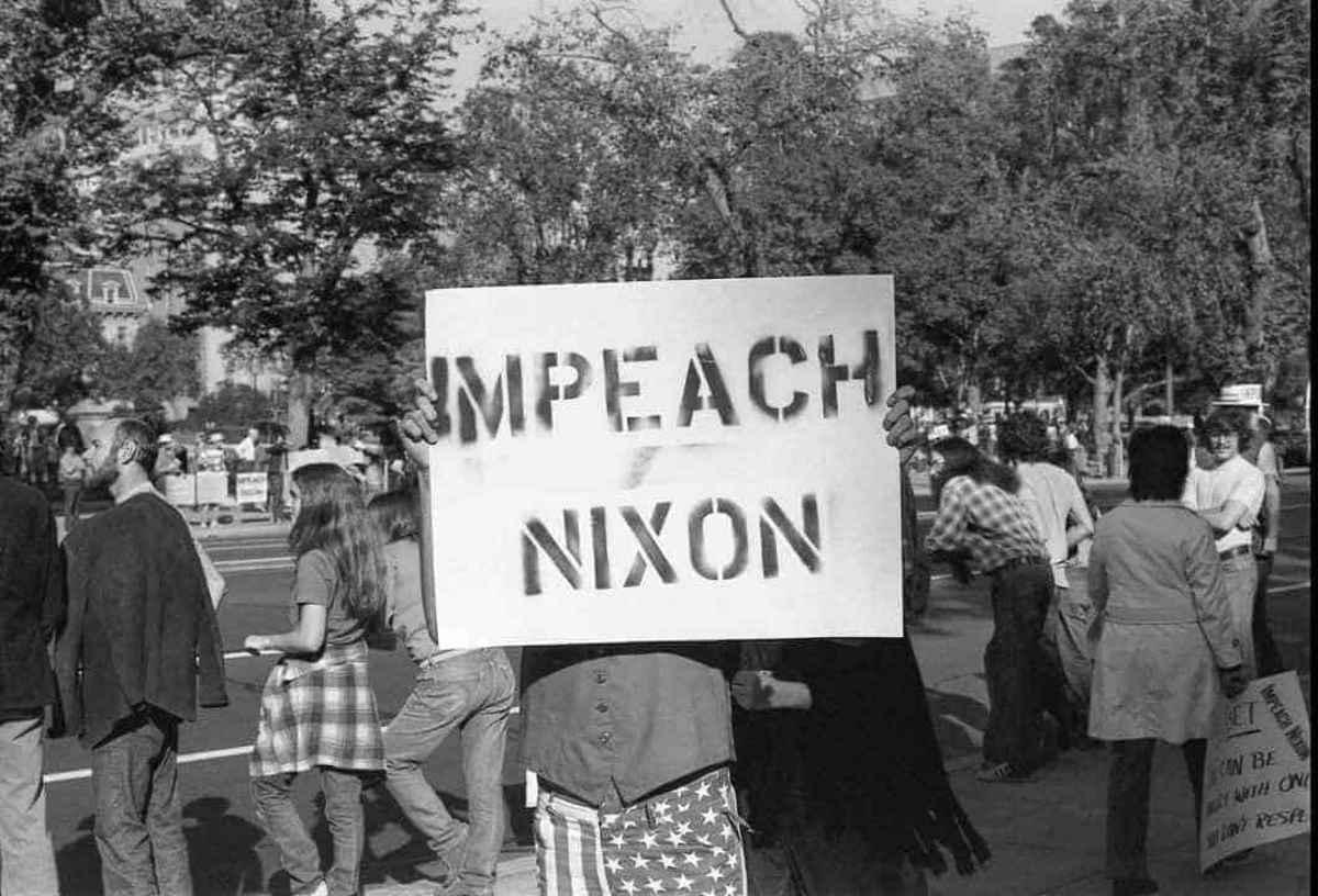 Impeach Nixon sign