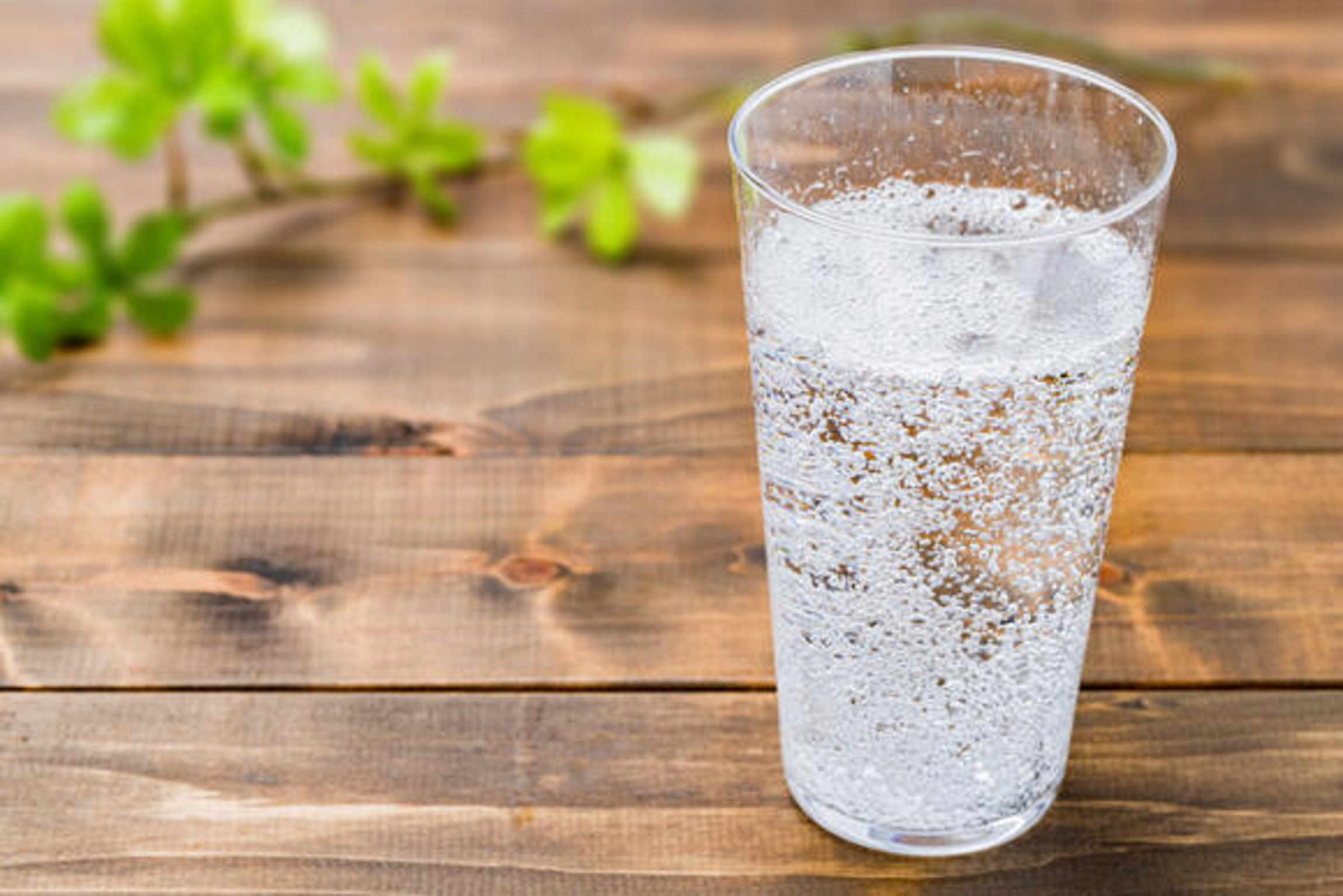 What is the difference between club soda, tonic water, seltzer water, carbonated water, mineral water, and sparkling water